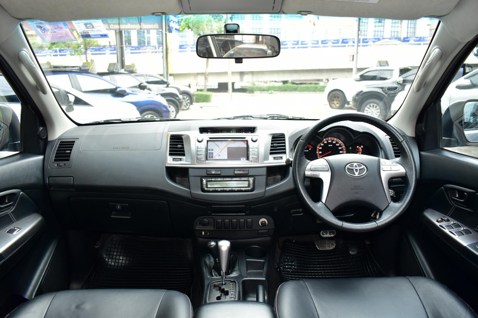 Vigo 3.0 CHAMP DOUBLE CAB G Pickup AT ปี 2015