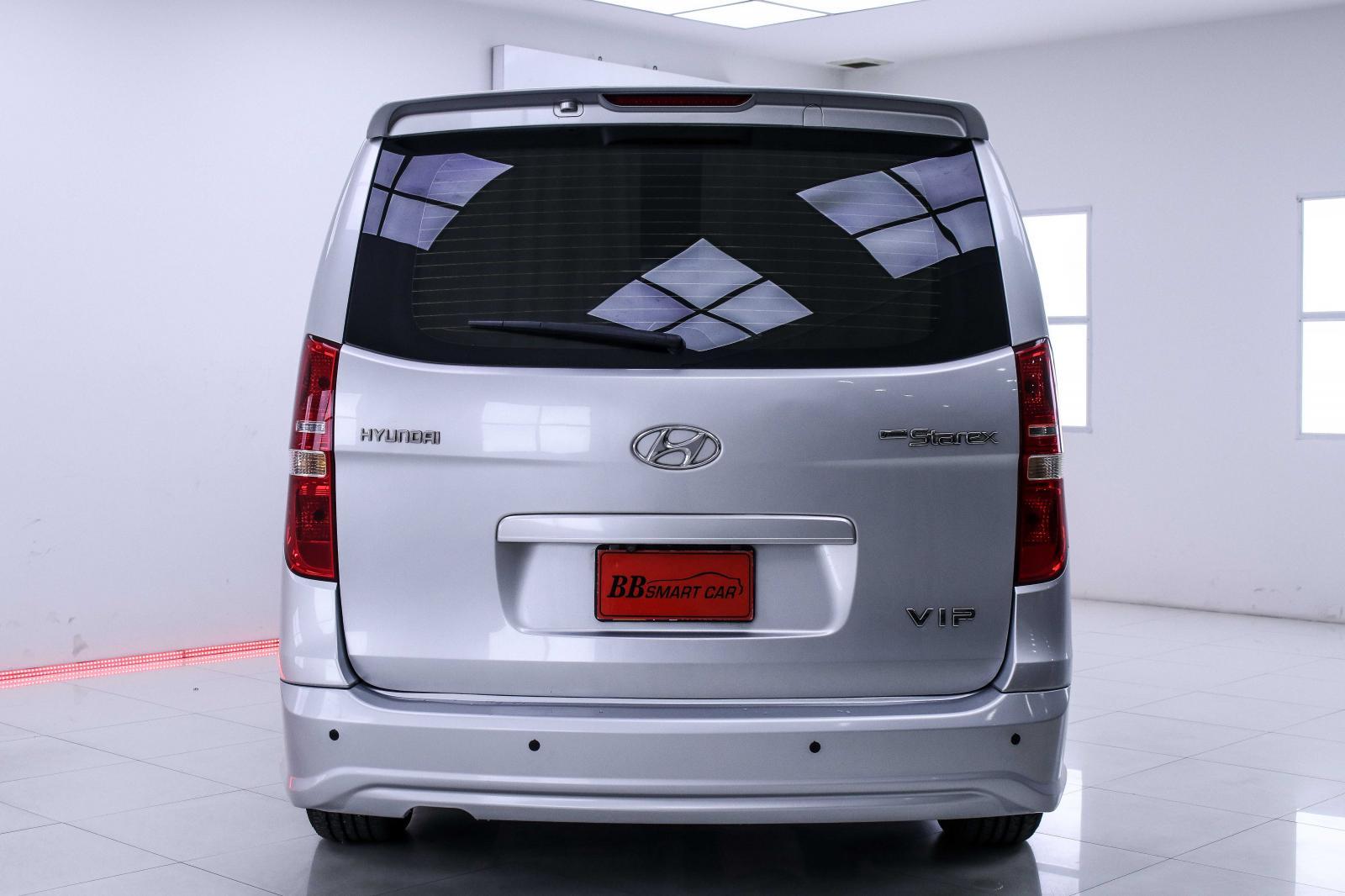 ขายรถ Hyundai H-1 2.5 G RANDSTAREX ปี 2011 รหัส 1I-44