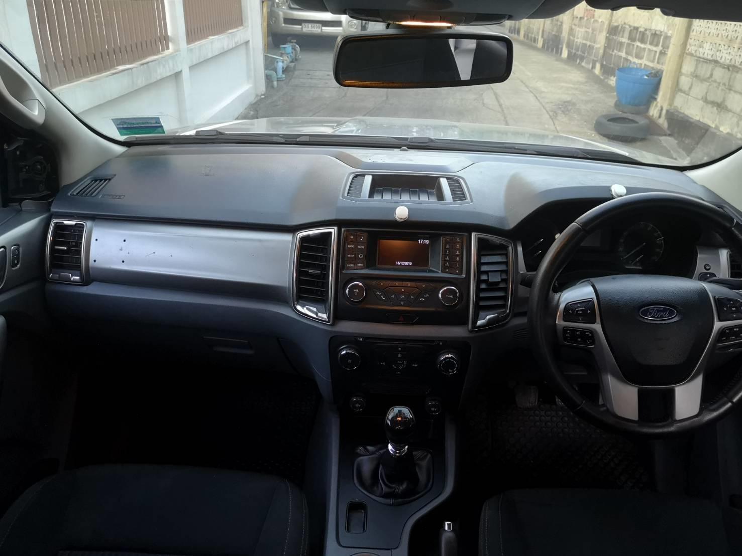 ขายรถกระบะ  Ford ranger 2.2 XLI smart cab ปี 2016