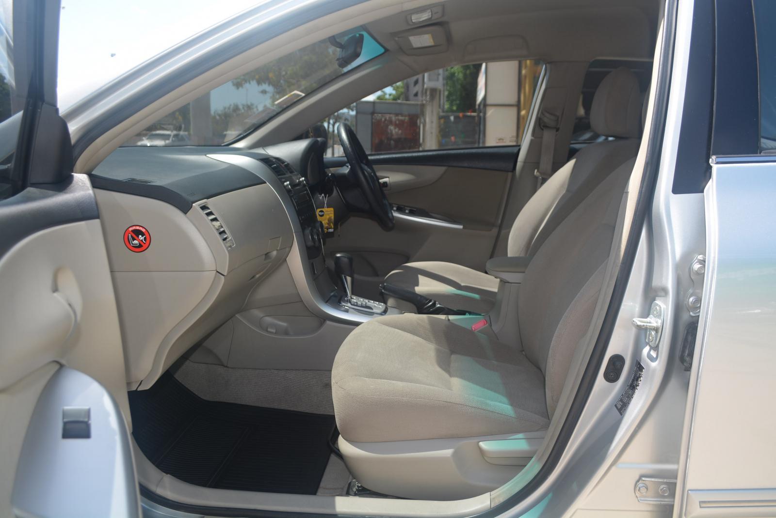 ขายรถ Toyota Altis 1.6E CNG ปี 2013