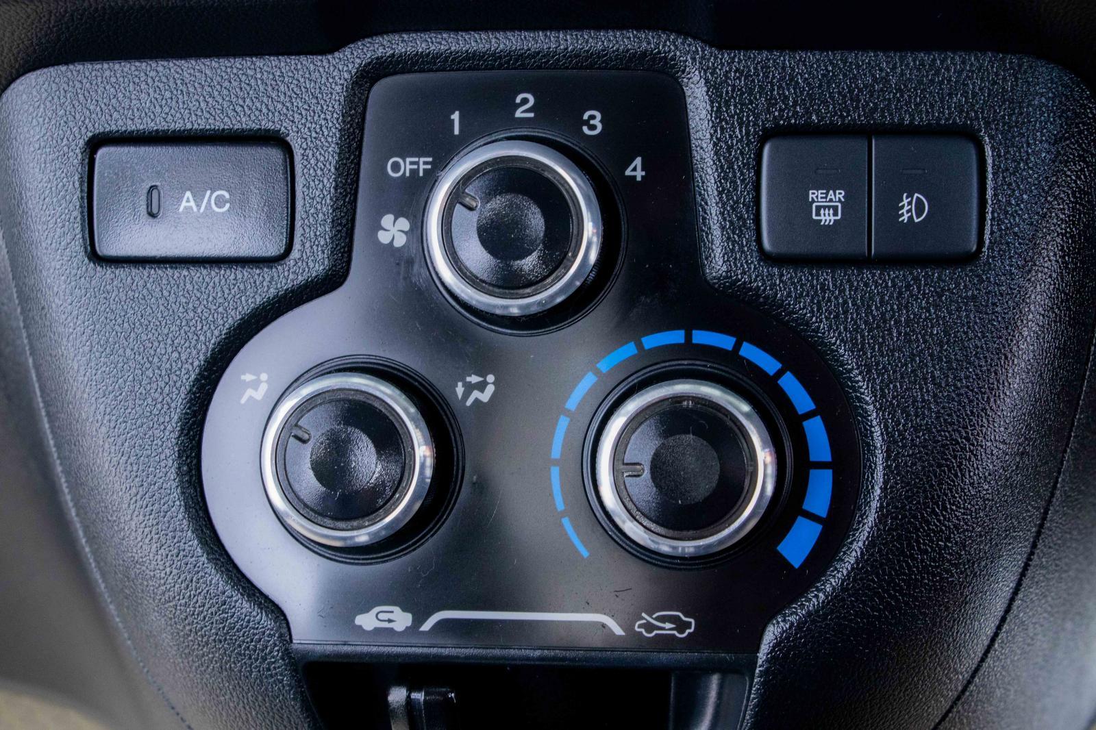2L-66 Honda Mobilio 1.5 RS SPIRIT 2017 รถ MPV