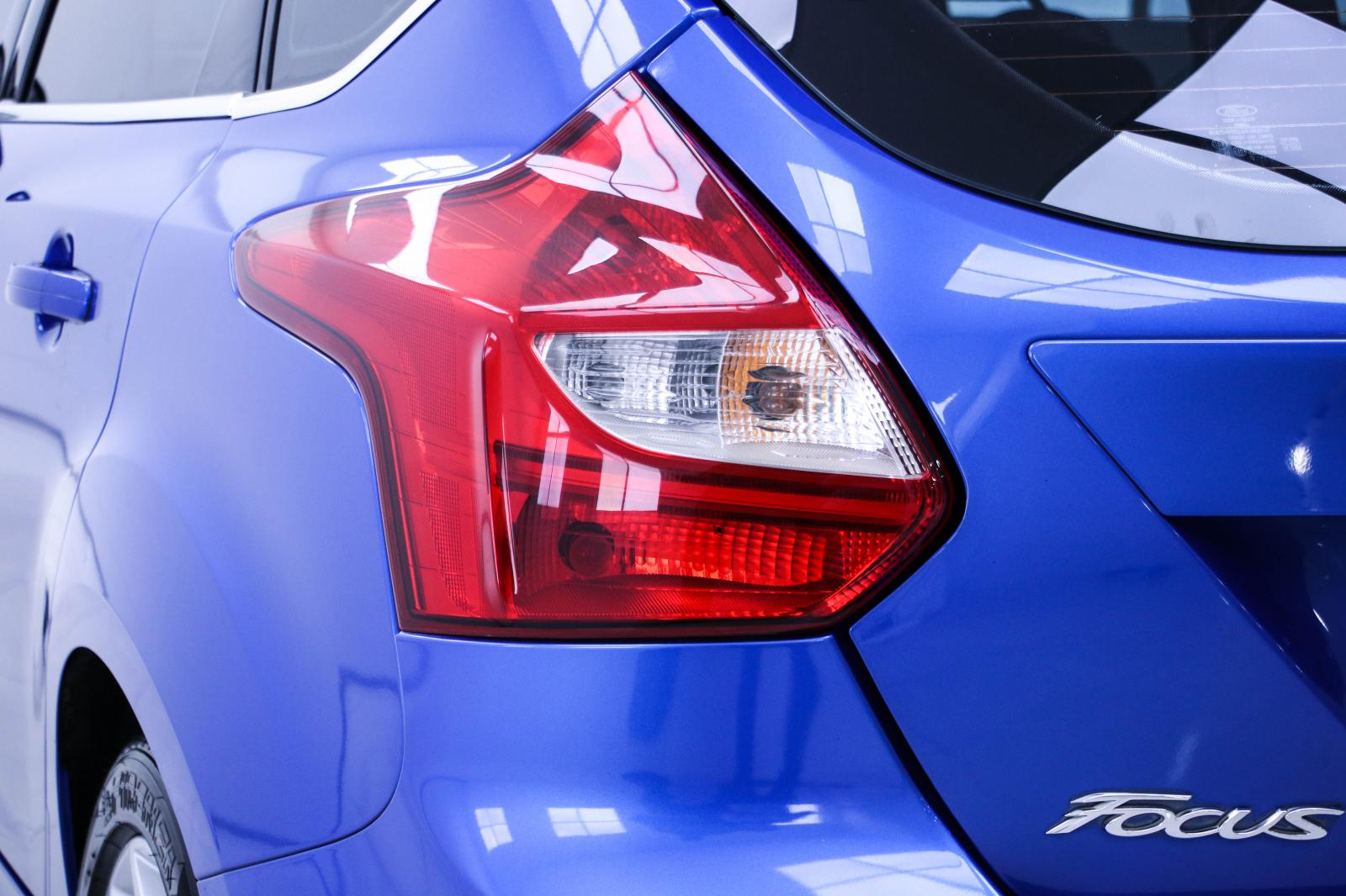 1O-48 ขายรถ Ford FOCUS 2.0 S 5DR ปี 2013