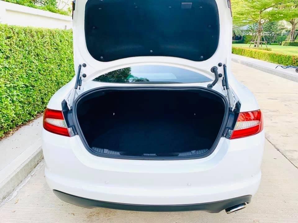 2012 Jaguar XF 2.2d ดีเซล LCi MinorChange